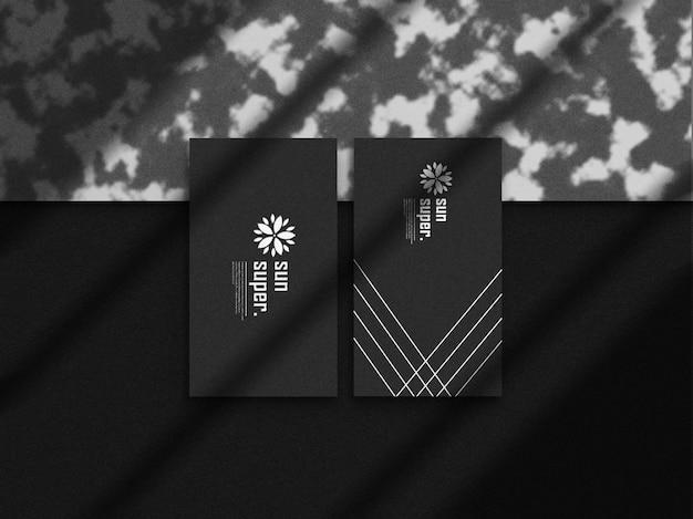 Modello di biglietto da visita minimalista con sovrapposizione di ombre scure