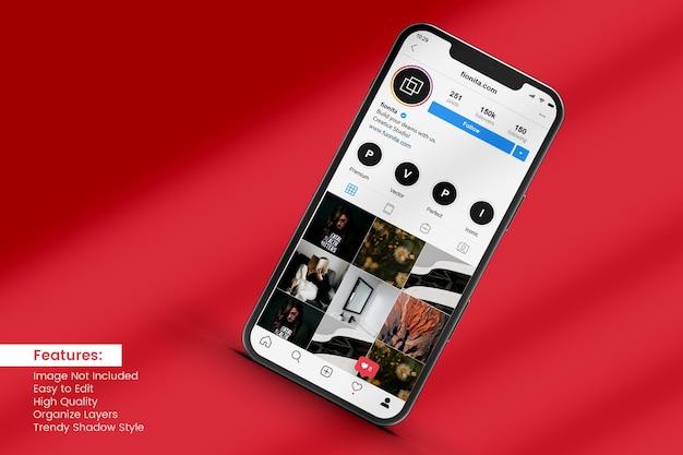Mockup di telefono cellulare con storia sui social media e post design
