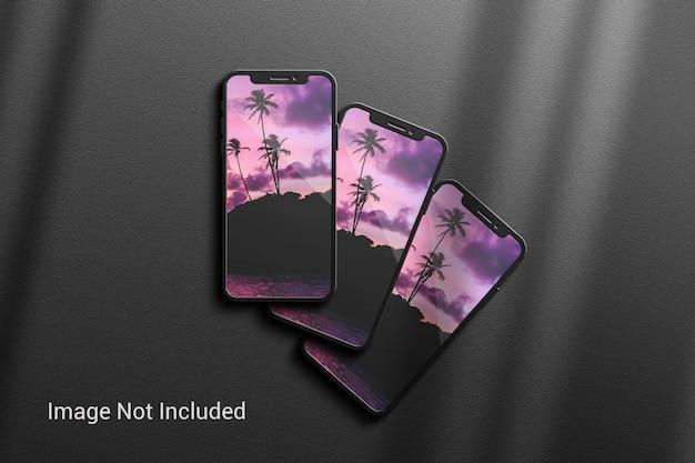 Mockup di telefoni cellulari con cover posteriore ed elegante ombra