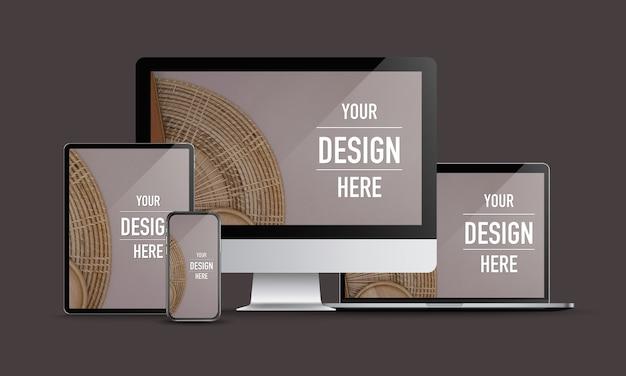 Mock up di dispositivi digitali con computer desktop, laptop, tablet e smartphone
