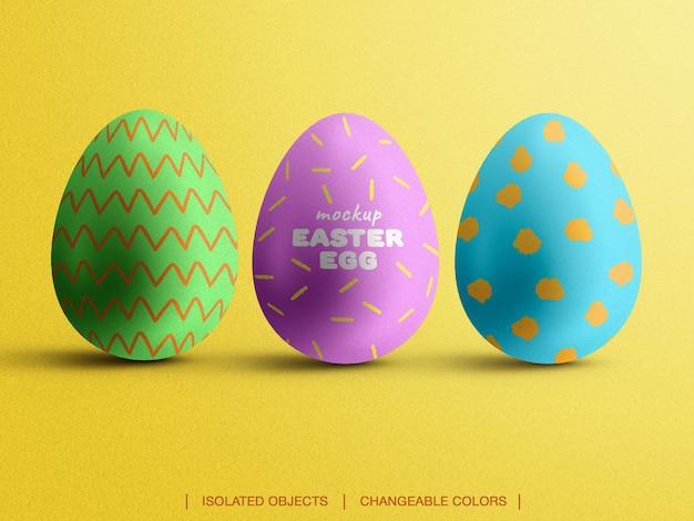 Mockup del creatore di scena di vista frontale di uova di pasqua colorate isolato