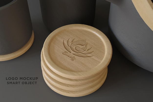 Logo mockup con sottobicchieri in legno-2