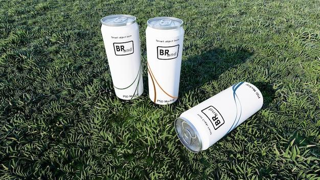 Immagine mockup del rendering 3d di lattine bianche posizionate su erbe verdi. livello di oggetti intelligenti per personalizzare il tuo design.