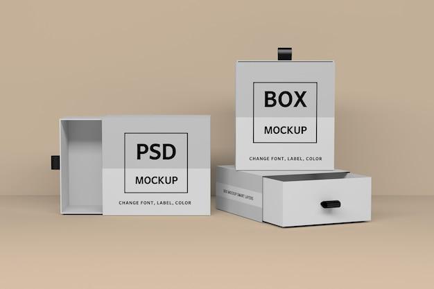 Modello di mockup con tre scatole regalo bianche quadrate aperte e chiuse
