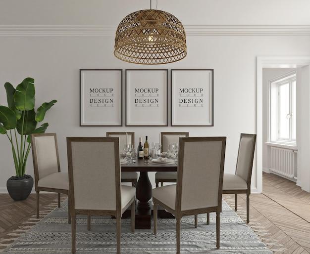 Sala da pranzo classica moderna con mockup di poster