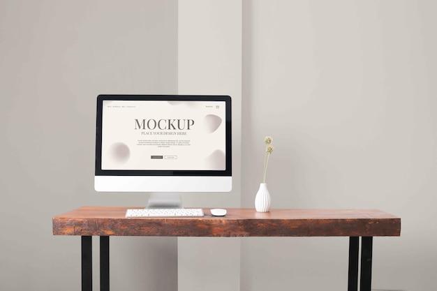 Disposizione di mock-up desktop per pc moderno