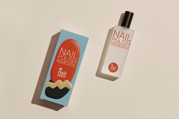 Mockup di solvente per unghie psd per la confezione di prodotti di bellezza