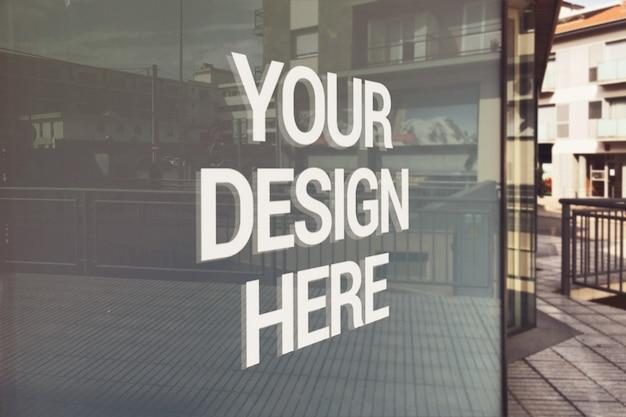 Mockup con logo in vetro opaco