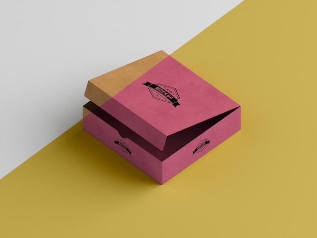 Mock-up del concetto di scatola di imballaggio Psd Premium
