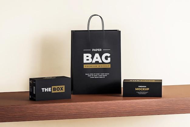 Sacchetto di carta mockup box shopping nero
