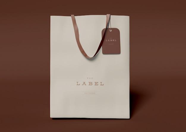 Sacchetto di carta con etichetta mockup