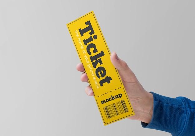 Mockup del biglietto cartaceo in mano