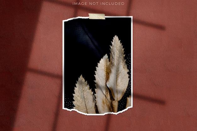 Photo frame mockup per fotografie con sovrapposizione di ombre