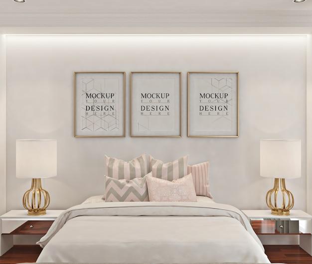 Mockup di cornice per foto in camera da letto moderna bianca