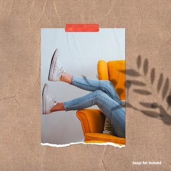 Mockup di foto ritratto o mood board stile strappato a sunny