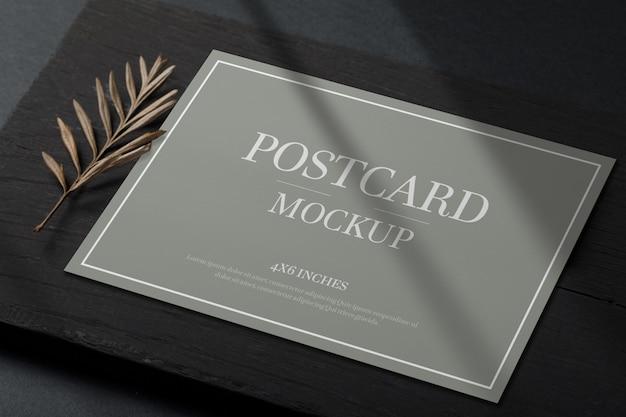 Mockup di cartolina o carta di invito Psd Premium