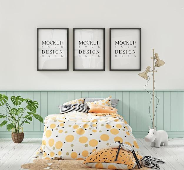 Mockup di cornice per poster in cameretta per bambini color pastello