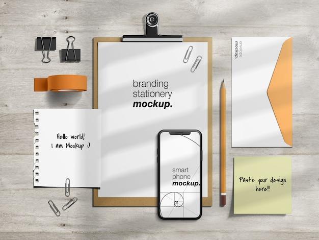 Modello di mockup identità aziendale professionale di cancelleria aziendale e creatore di scene