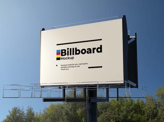 Realistico billboard design mockup
