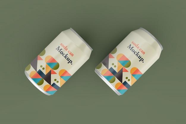 Realistico design metallico di modelli di lattine di soda