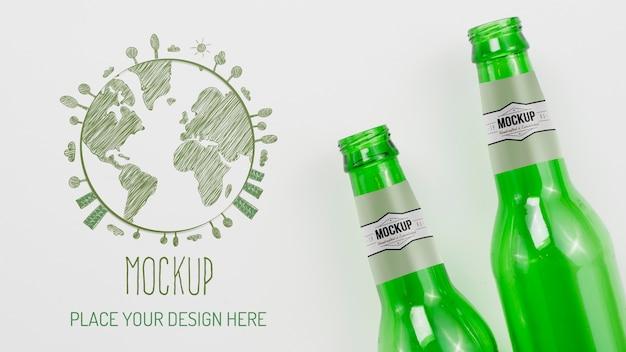 Mock-up di disposizione di oggetti riciclabili