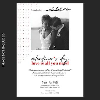 Invito di san valentino romantico, creativo, moderno e di base, biglietto di auguri e photo mockup