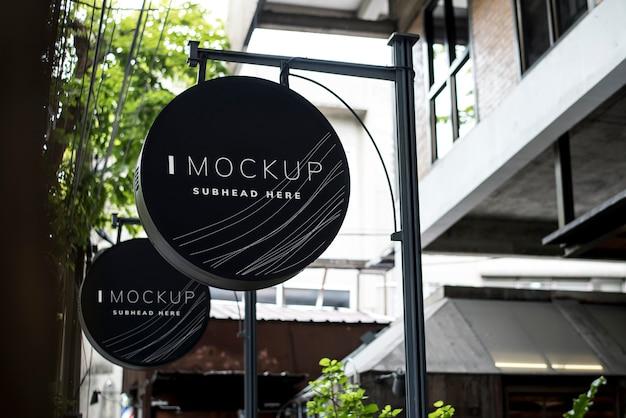Mockup di design di cartello nero rotondo