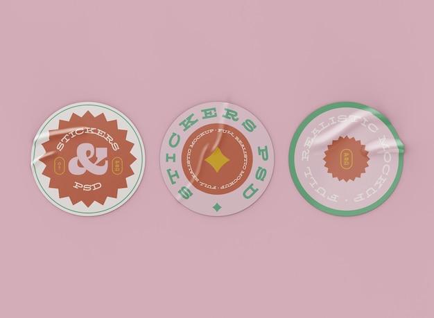 Set di mockup di adesivi rotondi Psd Premium