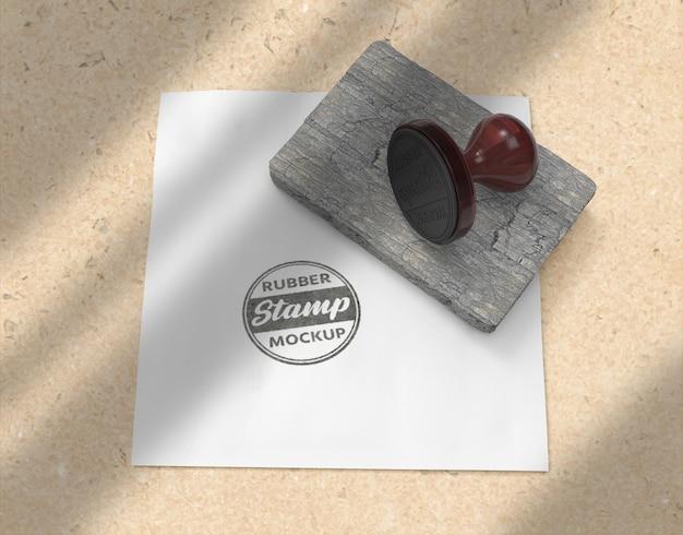 Timbro di gomma o timbro di cancelleria logo mockup design