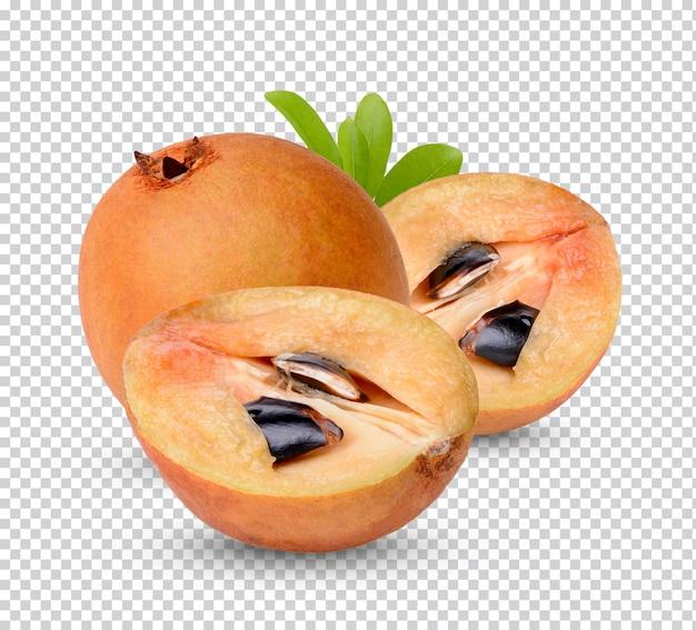 Sapodilla con foglie isolate psd premium