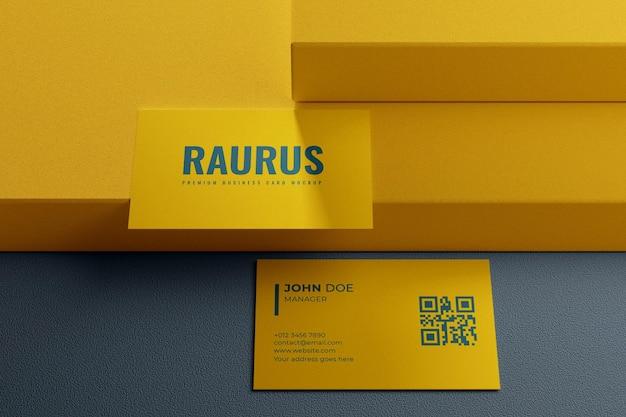 Design semplice ed elegante mockup biglietto da visita giallo