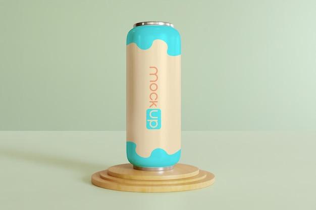 Soda può mockup sul podio di legno