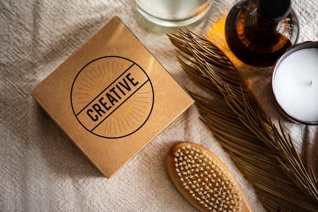 Confezione di prodotti biologici psd mockup scatola kraft spa