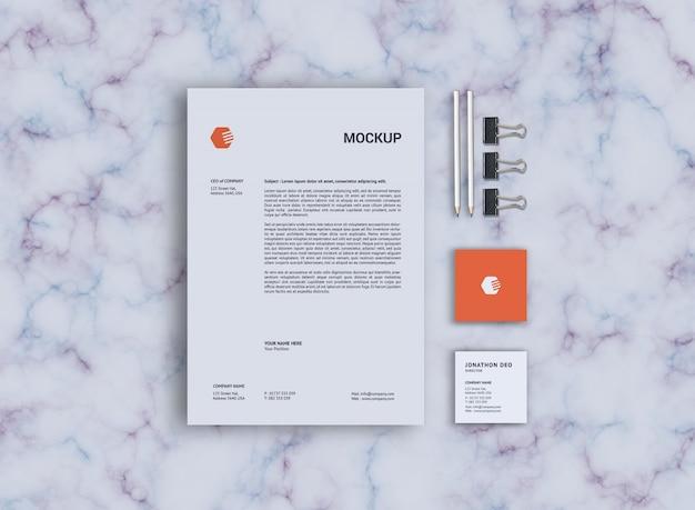 Modello quadrato di carta e carta intestata