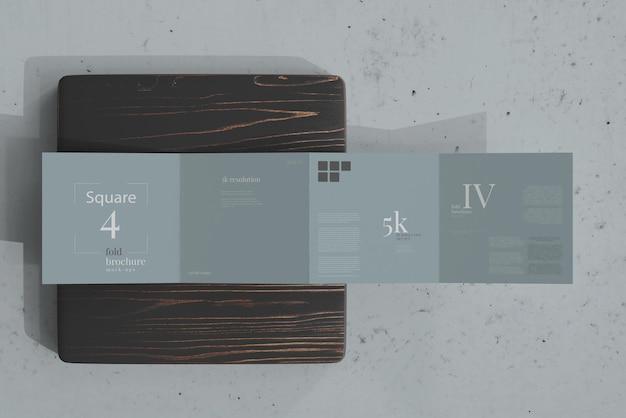 Brochure quadrata quadrupla mockup