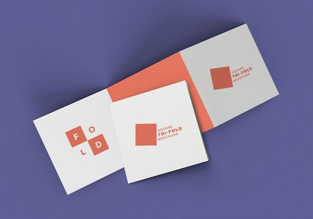 Mockup di brochure con piega a z quadrata Psd Premium