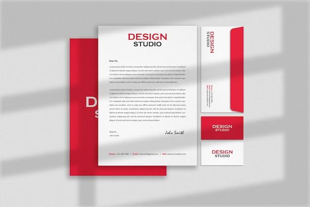 Design mockup di identità del marchio di cancelleria