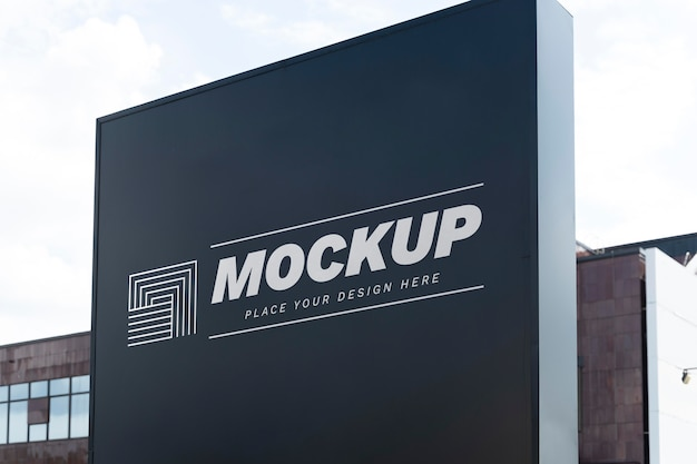 Mock-up di cartelloni pubblicitari di street marketing Psd Premium
