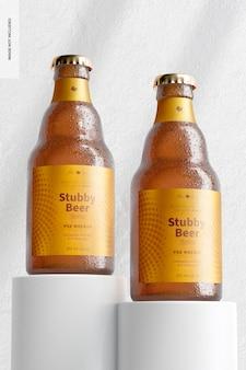 Mockup di bottiglie di birra tozze, prospettiva