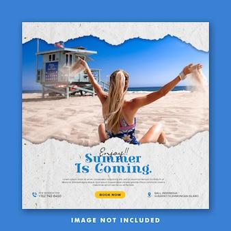 Modello di post sui social media per le vacanze estive