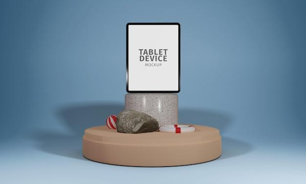 Tablet su podio a mosaico con mockup di oggetti estivi