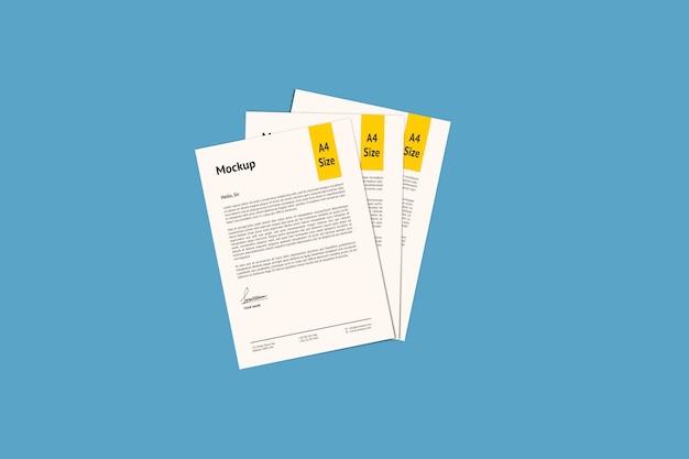 Tre modello di mockup di carta a4