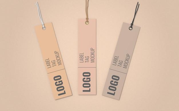 Vista superiore del modello dell'etichetta dell'etichetta di tre vestiti