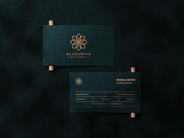 Design mockup di biglietti da visita di lusso con vista dall'alto con sovrapposizione di ombre