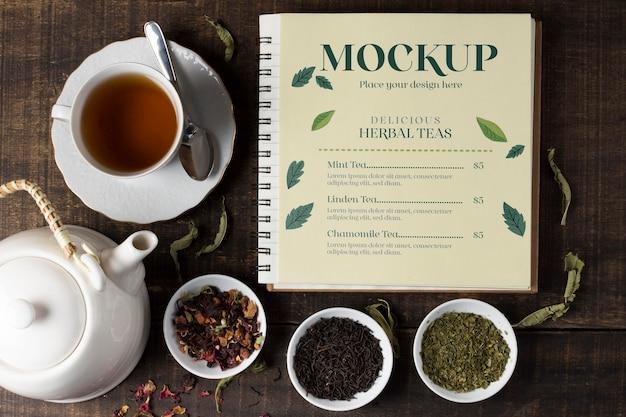 Vista dall'alto del mock-up del concetto di tè