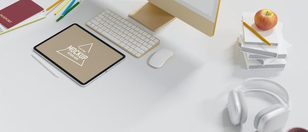 Travel blogger scrivania computer tablet mockup cuffie passaporto sul tavolo bianco vista laterale