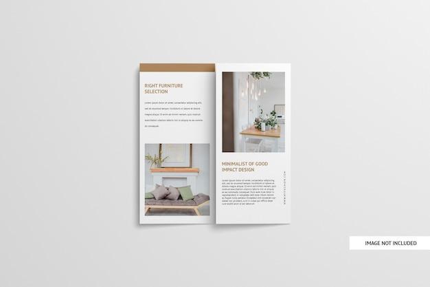Brochure a tre ante mockup isolato