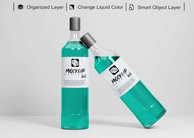 Mockup di due bottiglie con colore liquido variabile