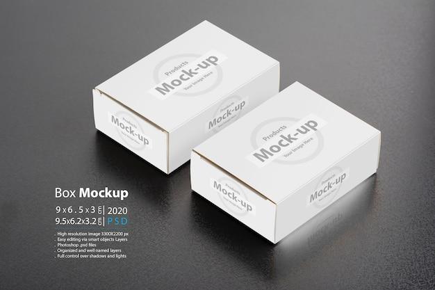 Due pacchetti di pillbox su sfondo scuro