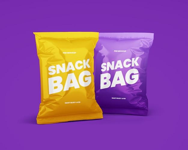 Due mockup di imballaggi per snack